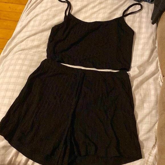 Shorts and crop top tank top set size XS black